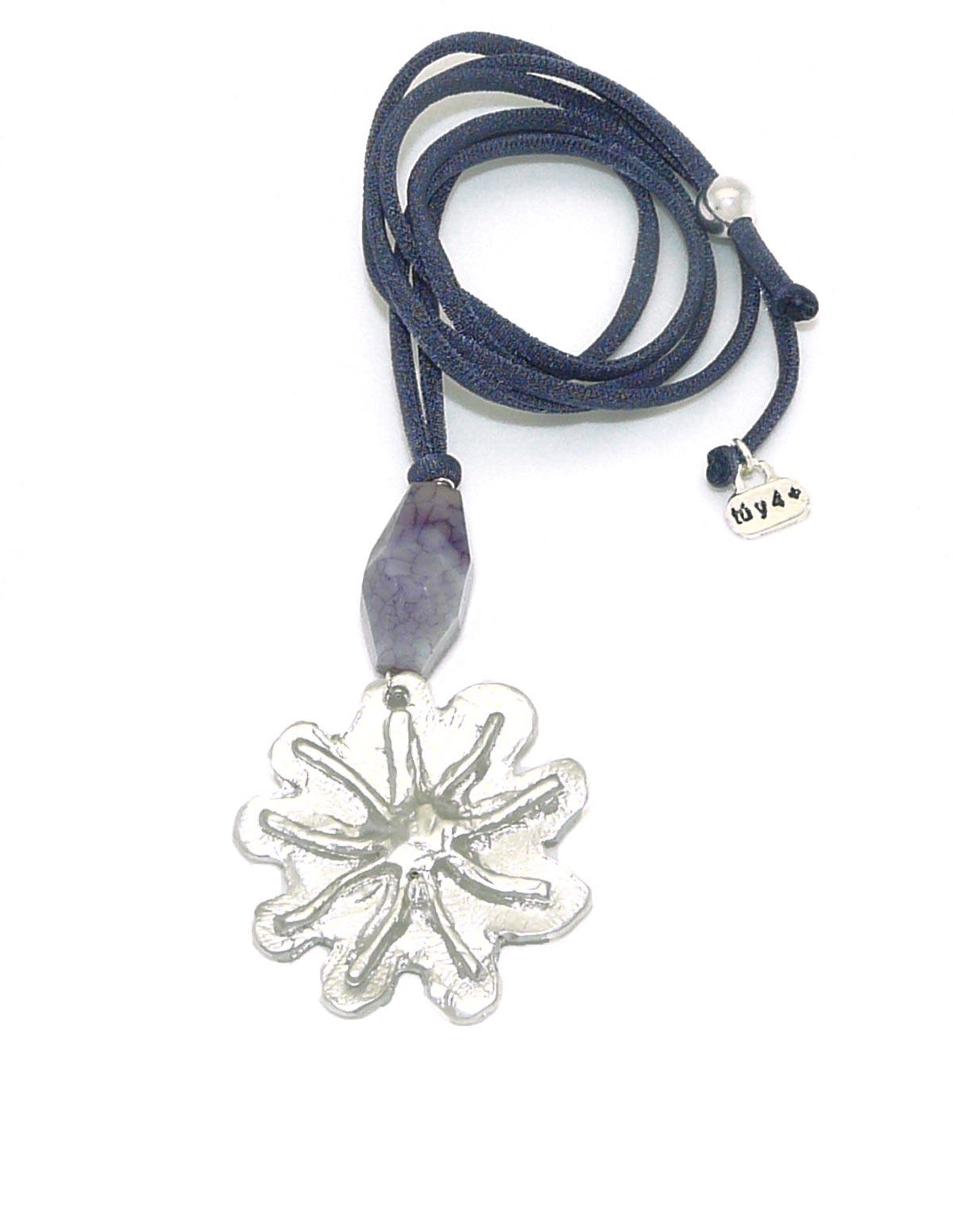 Collar flor plateada pequeña morado